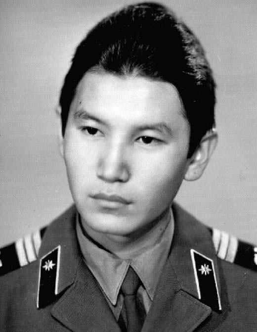 Кирсан Илюмжинов в молодости