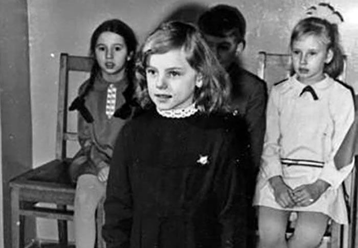 Лариса Шахворостова в детстве