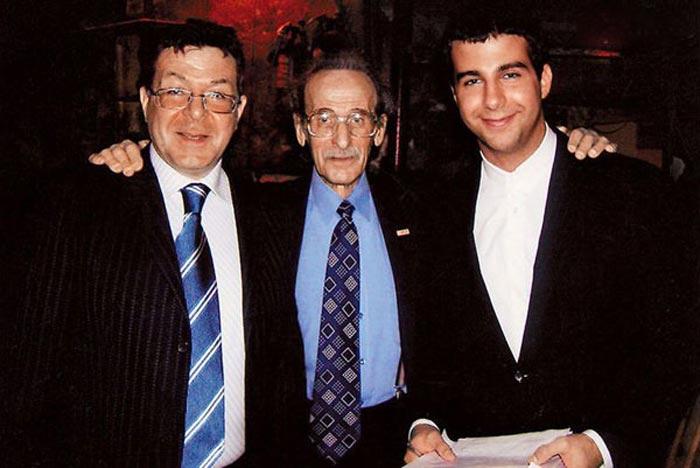 Лев Милиндер с сыном и внуком