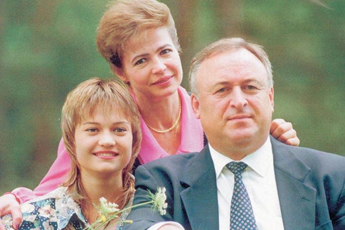 Людмила Турищева и Валерий Борзов с дочерью Татьяной 2