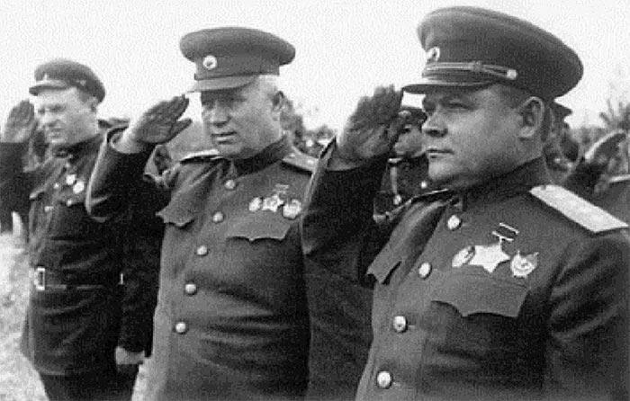 Николай Ватутин и Никита Хрущев