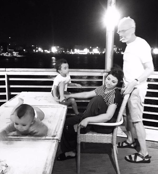 Нозанин Абдулвасиева и Александр Гордон с детьми 2
