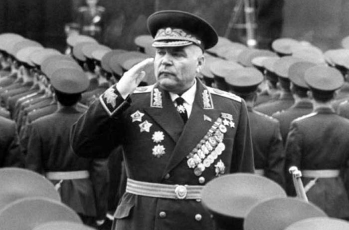 Родион Малиновский на военном параде