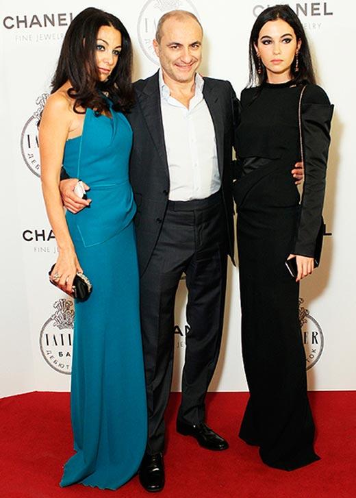 Сарина Турецкая с отцом и мамой
