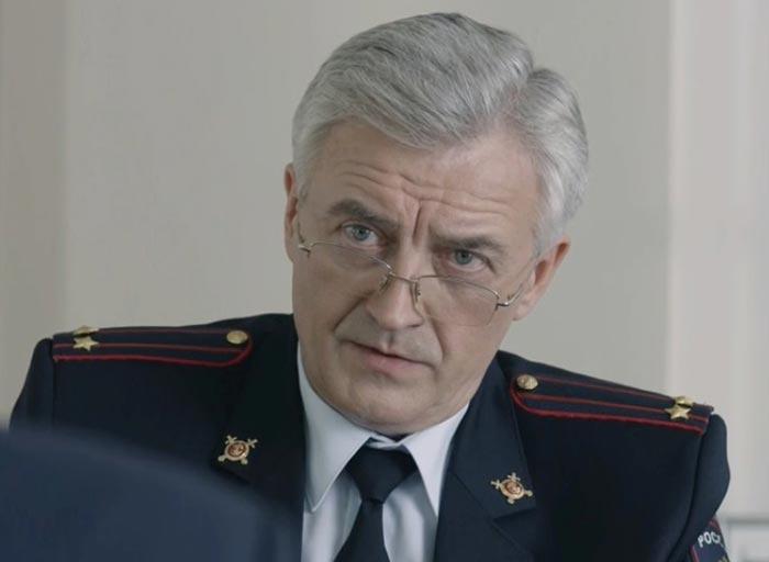 Сергей Тезов Вышибала