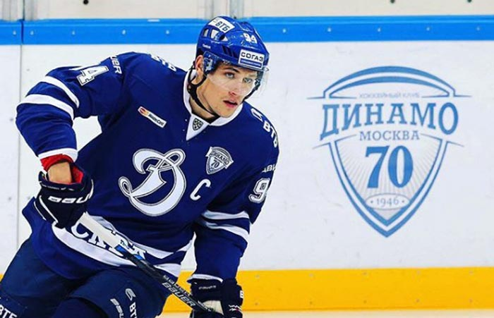 хоккеист Андрей Миронов 3
