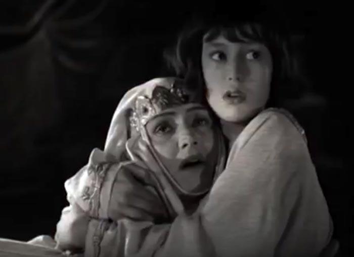 Ада Войцик в роли Елены Глинской