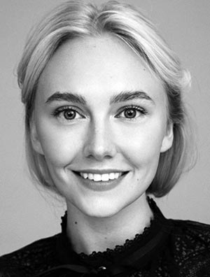 Алина Ефремова
