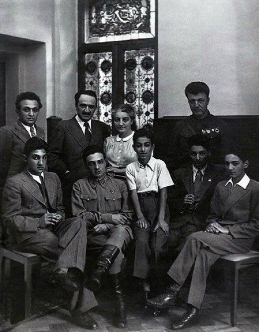 Анастас Микоян с семьей