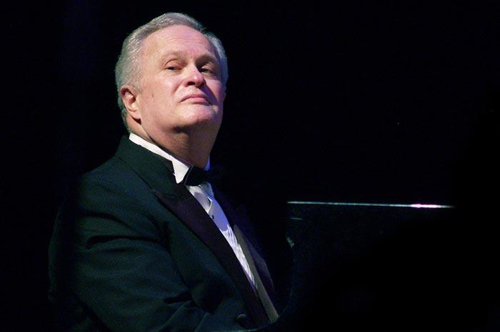 пианист Анатолий Кролл