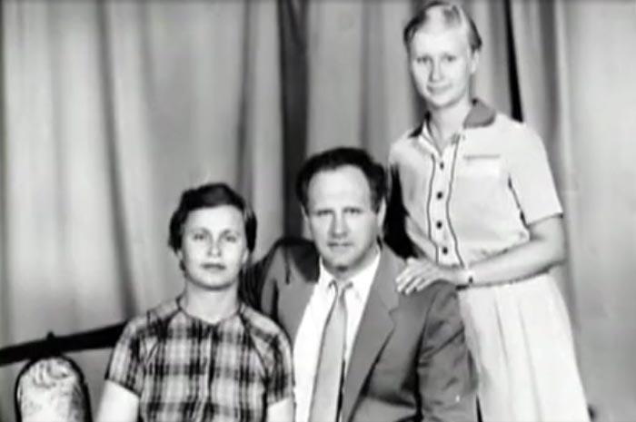 Анатолий Трушкин с женой и дочерью