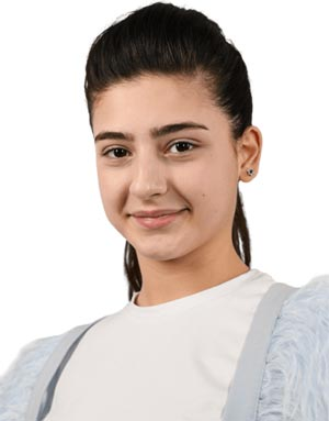 Анна Авазнели