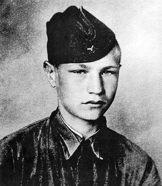Дмитрий Язов в юности