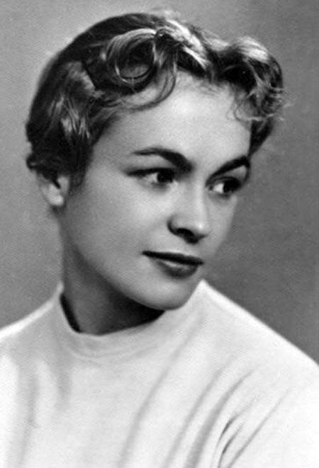 Ирина Колпакова в молодости