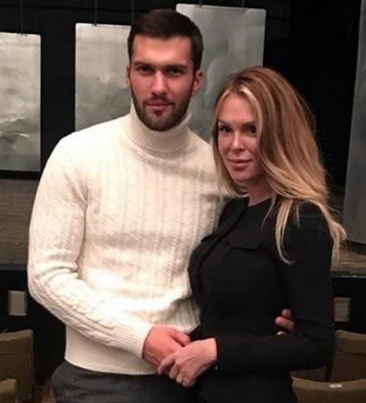 Джеймс Тратас и Юлия Любичанская 2