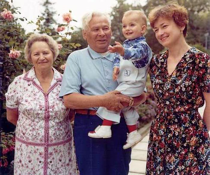 Константин Черненко жена Анна дочь Елена