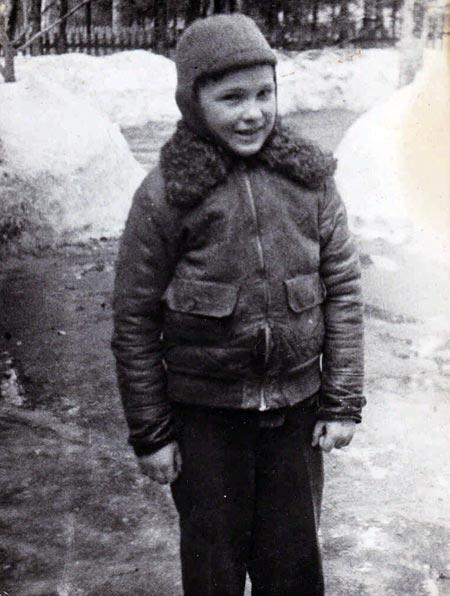 Юлиан Семенов в детстве