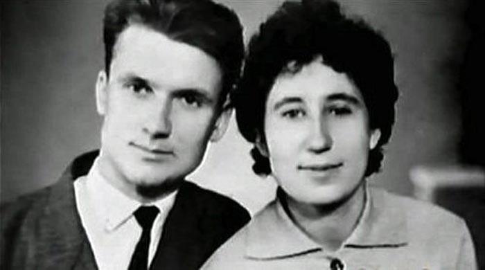 Андрей Чикатило и жена Фаина Одначева