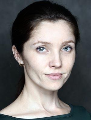 Елена Саар