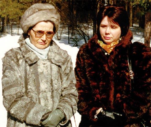 Галина Гагарина и мать Валентина Гагарина