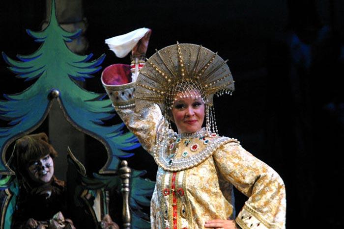 Ирина Тельпугова на сцене Малого театра