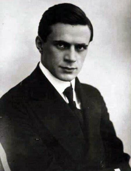 Иван Берсенев в молодости