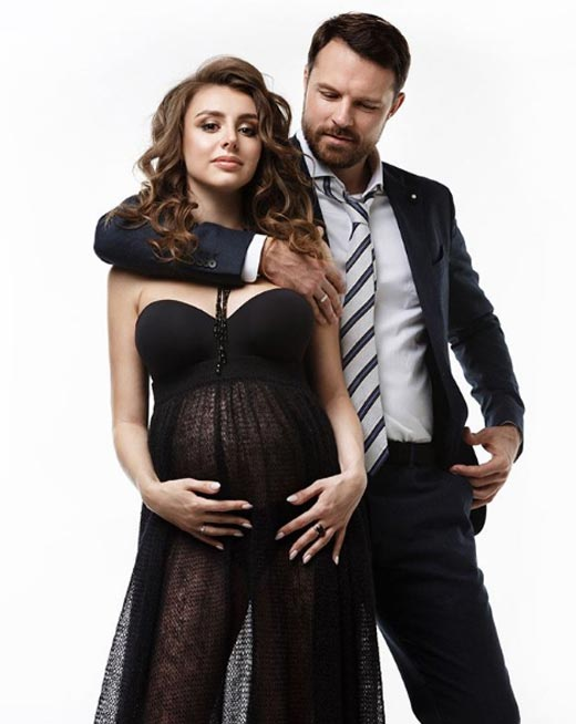 беременная Кристина Арустамова и Евгений Пронин