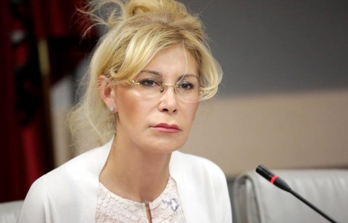 адвокат Людмила Айвар