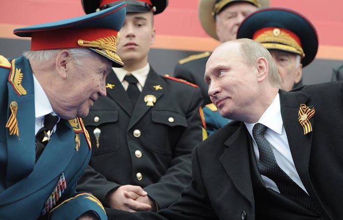 Махмут Гареев и Владимир Путин