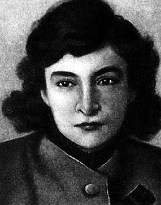 Маргарита Алигер в молодости