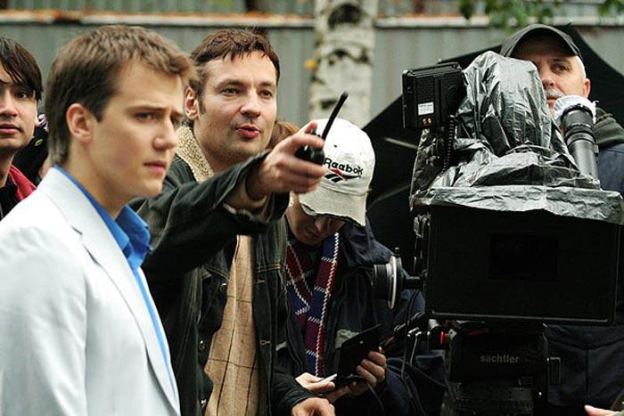 Павел Санаев на съемках фильма Нулевой километр