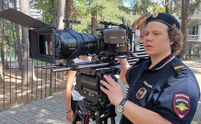 Павел Комаров в сериале Туристическая полиция