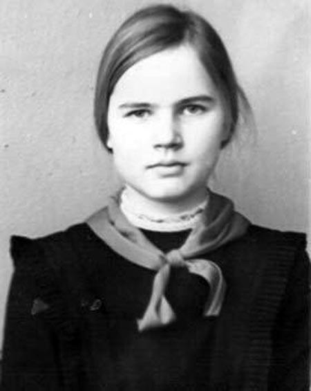 Татьяна Голикова в юности