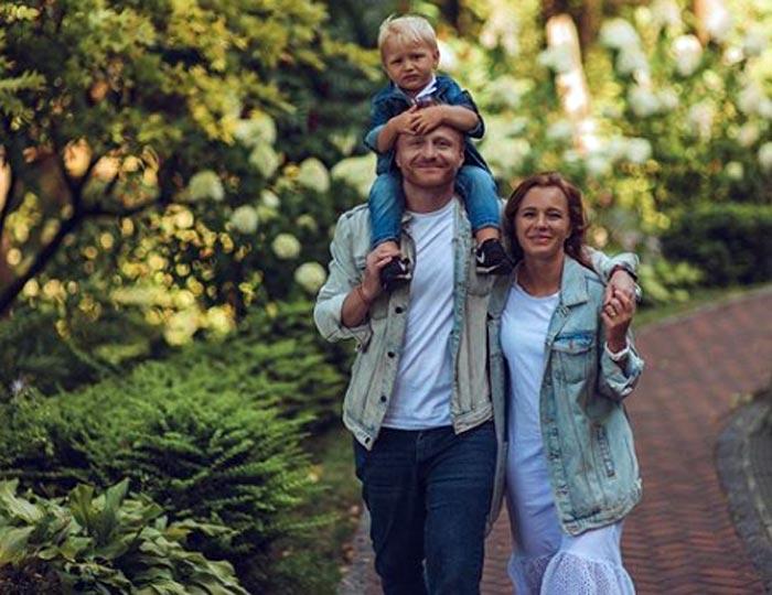 Виталий Салий и Анна Арефьева с сыном