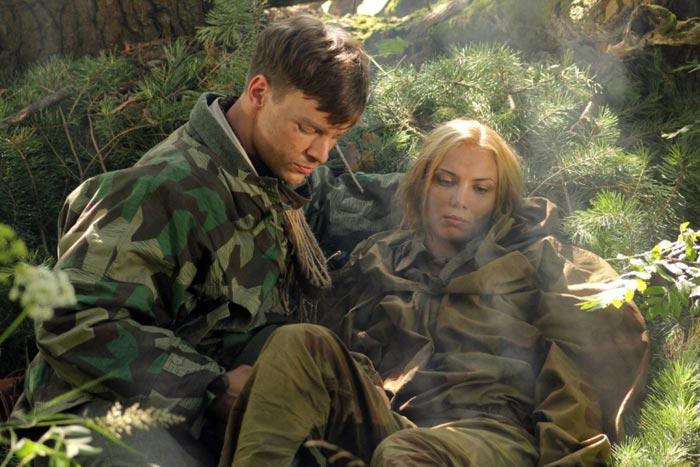Вольфганг Черни и Татьяна Арнтгольц в сериале Снайперы Любовь под прицелом