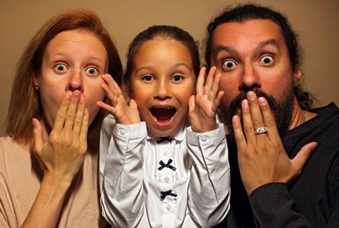 Юлия Абдель Фаттах с мужем и дочерью