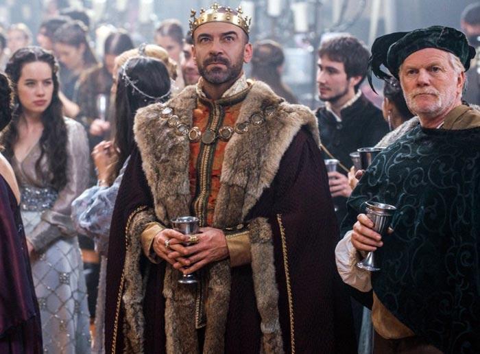 Алан Ван Спрэнг в роли Генриха II