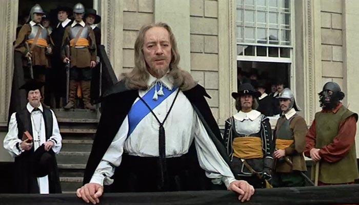 Алек Гиннесс в роли короля Карла I