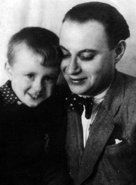 Александр Менакер и сын Андрей Миронов