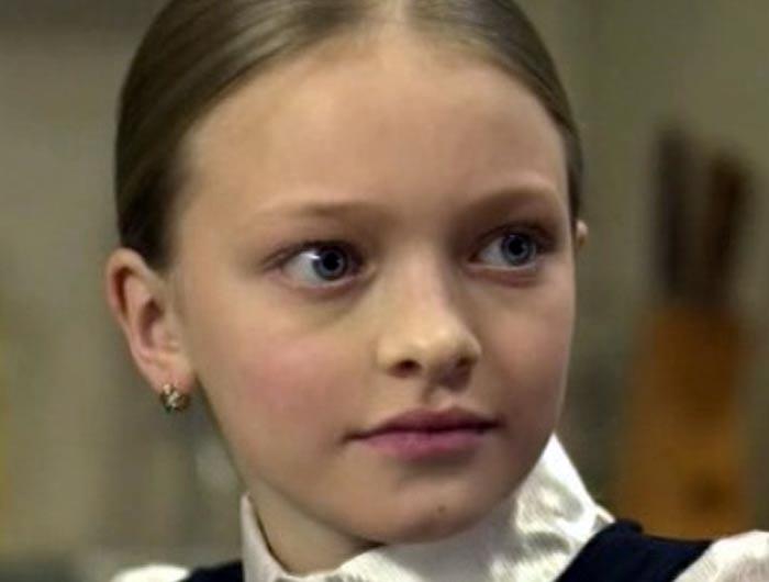 Александра Киреева в сериале Небесные родственники