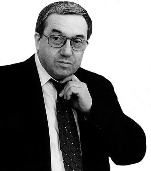 Андрей Кокошин в молодости