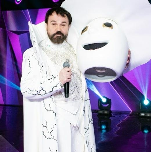 Антон Лирник в шоу Маска
