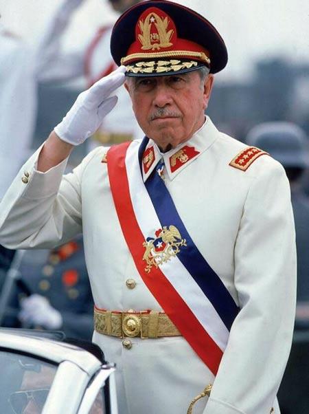 Диктатор Чили Аугусто Пиночет