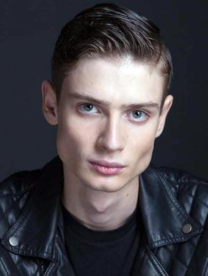 Денис Жариков