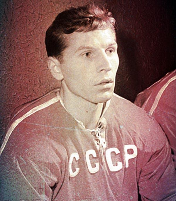 Евгений Майоров в молодости