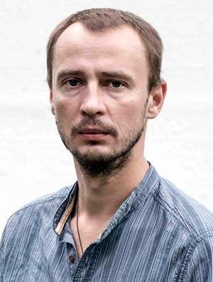 Илья Ждаников