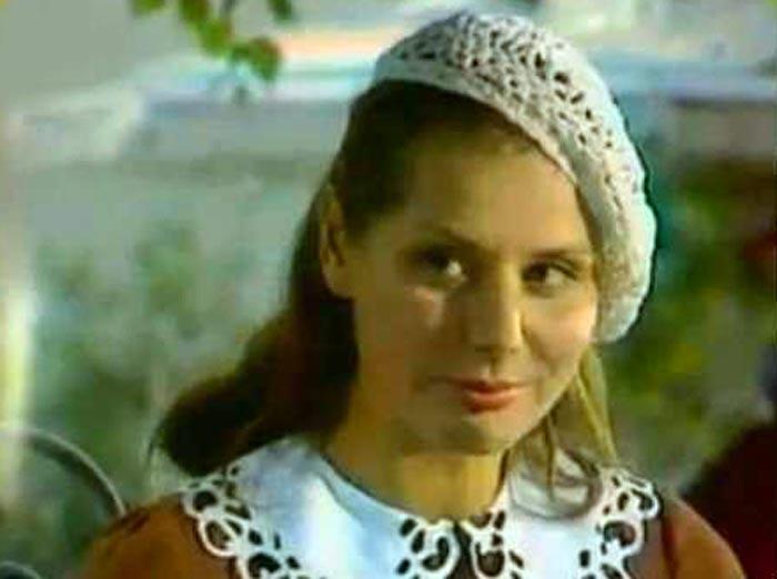 Ина Карташова в фильме Рай красного дерева