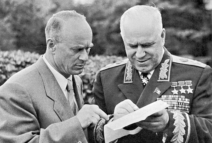 Иван Серов и Георгий Жуков