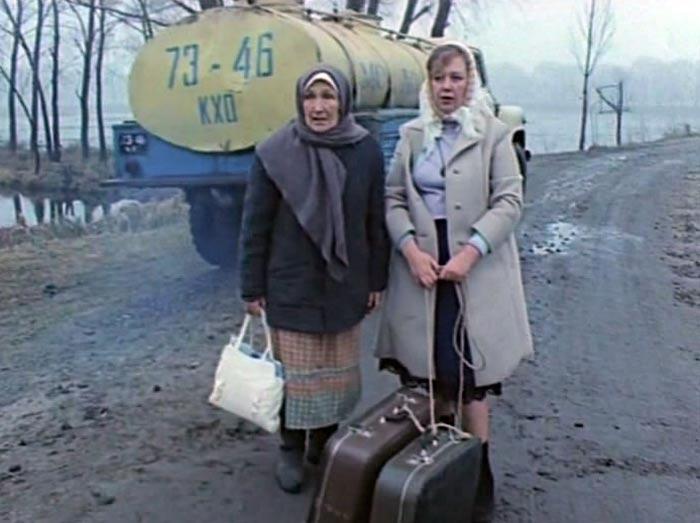 Людмила Колохина в фильме Два дня в начале декабря