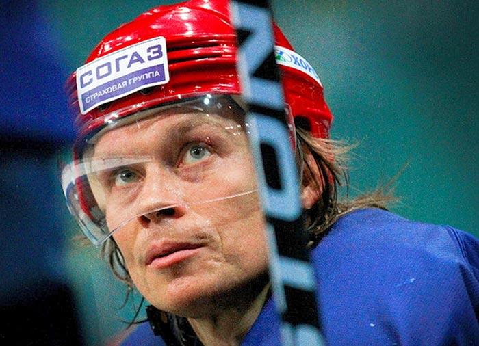 российский хоккеист Максим Афиногенов